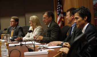 4 bad habits to avoid at council meetings